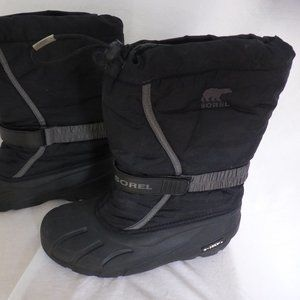 SOREL winter boots, boys size 7, black grey GUC